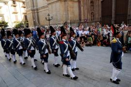 Cambio de guardia del Regimiento de Infantería Palma 47 en La Almudaina