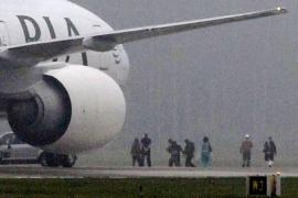 Un avión paquistaní aterriza en Suecia por una amenaza de bomba