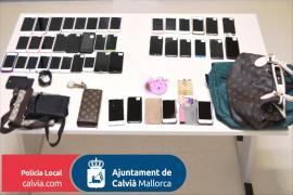 Detenido por robar móviles de alta gama a turistas en la playa de Palmanova