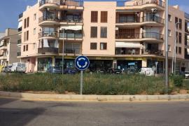 Tots per Pollença critica el mal estado de la plaza Xaloc del Port