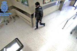 El atracador al que delataron unos guantes de frutería acepta dos años de cárcel