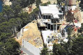 El Consistorio de Pollença dice que Villa Cortina tiene tres plantas y no se ajusta al PGOU