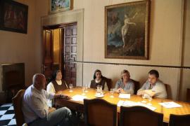 Miquel Ensenyat recibe a las representantes de la Orde de Sant Jeroni