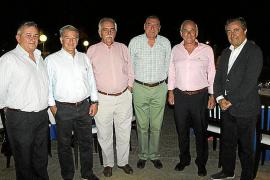 Despedida del capitán de navío Roberto Ortiz