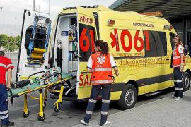 El personal del servicio urgente de ambulancias, en pie de guerra