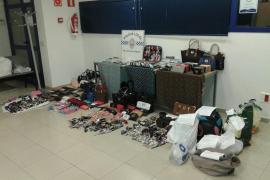 La Policía de Sant Llorenç realiza 21 intervenciones contra la venta ilegal durante el fin de semana