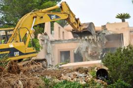 Se han realizado siete demoliciones urbanísticas voluntarias en Mallorca en el primer semestre