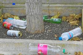 Quejas de los vecinos de Sant Marçal por la suciedad