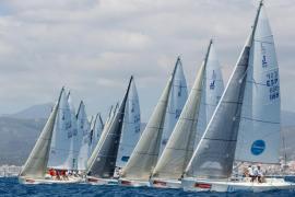 El viento obliga a suspender la jornada en la Copa del Rey de vela