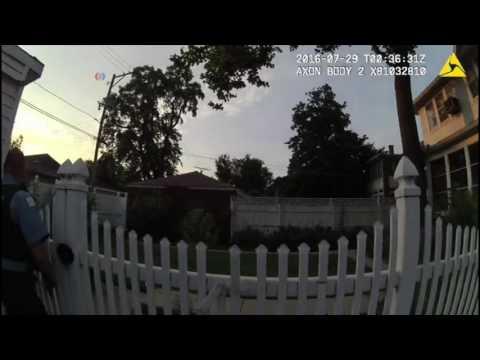La policía de Chicago difunde un vídeo de los agentes que mataron a un joven afroamericano desarmado