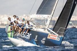 El 'Movistar' suma su octava victoria en la Copa del Rey Mapfre de vela