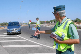 El Congreso insta a eliminar el límite de velocidad para los conductores noveles