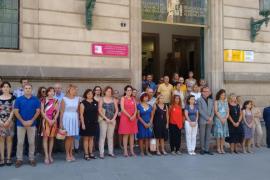 Las autoridades de Balears guardan un minuto de silencio por Xue Sandra Saura