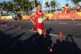 Revancha olímpica de Wang ante el hundimiento de Miguel Ángel López