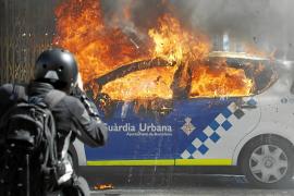 Los antisistema siembran el caos en Barcelona