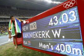 Van Niekerk oro en 400 con nuevo récord del mundo