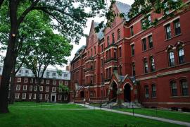 Sólo una docena de universidades españolas aparece entre las 500 mejores del mundo