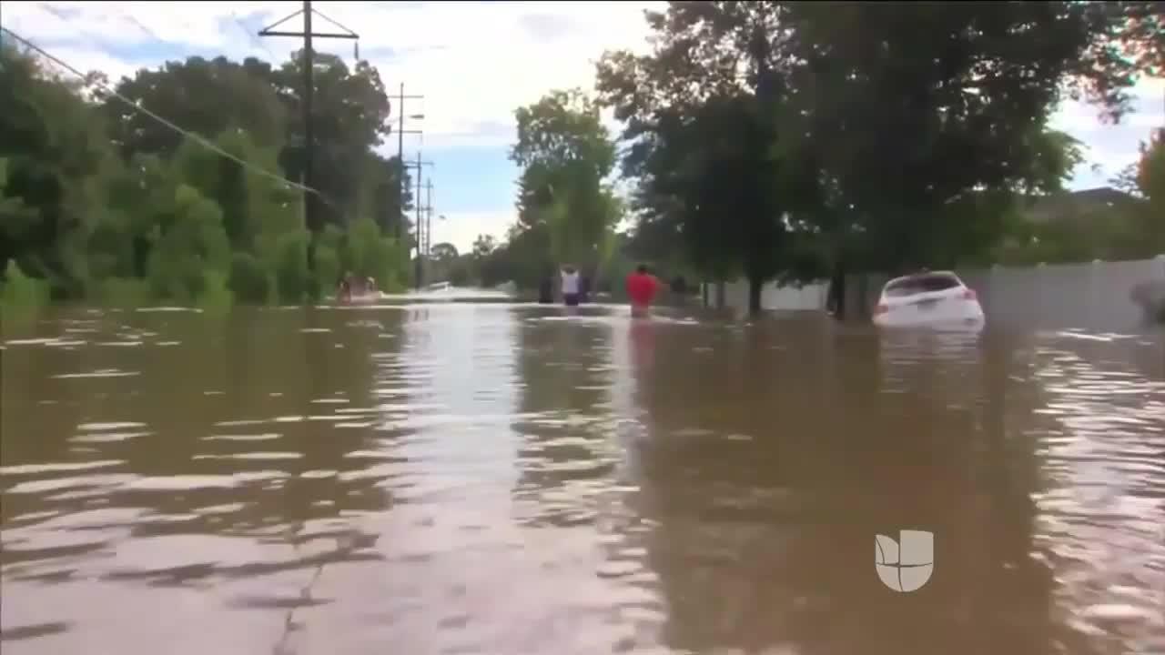 Seis muertos y 20.000 rescatados por las fuertes inundaciones en Luisiana