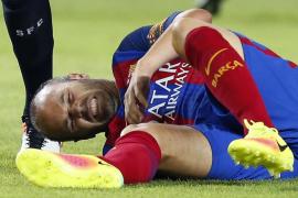 Andrés Iniesta se perderá el inicio de Liga por una lesión en la rodilla