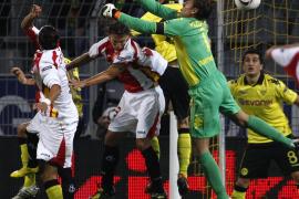 Manzano debuta en el Sevilla con una victoria sobre el Borussia de Dortmund