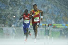 Ortega y Contreras, a semifinales de 110 metros vallas