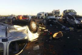 Dos fallecidos y 39 heridos en un accidente múltiple en Manzanares