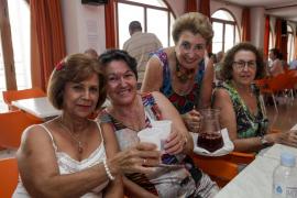 Los mayores de Es Clot Marès celebran Sant Bartomeu