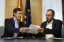 PP y Ciudadanos firman el pacto anticorrupción