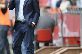 Laudrup regresa al Camp Nou con el objetivo de puntuar