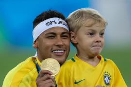 Brasil gana el oro de fútbol en los penaltis