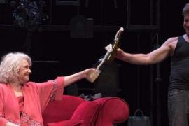 La obra 'La velocidad del otoño', interpretada por Lola Herrera y Juanjo Artero, en el Auditòrium de Palma