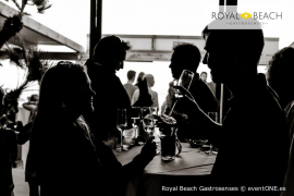 El chill out de las 'Cosmic Sessions' recala en Royal Beach de Playa de Muro