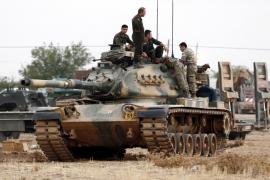 Turquía invade Siria para expulsar al EI de su último feudo en la frontera