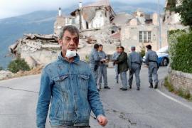 Un nuevo temblor de 4,3 grados causa más derrumbes en Amatrice