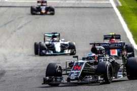 Rosberg gana en Spa y Alonso remonta hasta el séptimo puesto