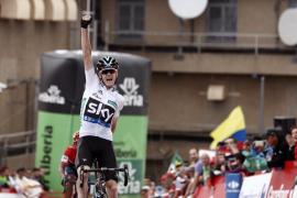 Froome conquista Peña Cabarga pero Quintana sigue líder