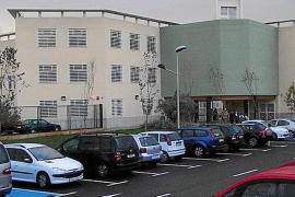 Los colegios del Opus esperan más de 300.000 euros por el curso pasado