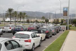 Indignación entre los restauradores por el cierre al tráfico del Paseo Marítimo