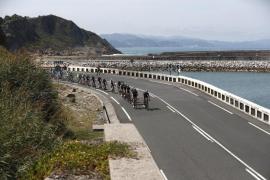Conti se adjudica un triunfo el día antes de la etapa 'reina'