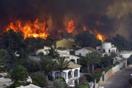 La Guardia Civil busca a un pirómano como supuesto responsable del incendio en Jávea y Benitatxell