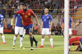 España golea a Liechtenstein