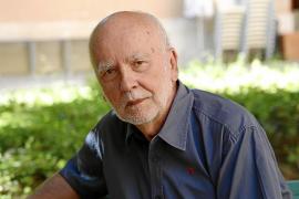 El poeta Adam Zagajewski, primer invitado del proyecto Habitación 2016