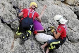 Rescatado un hombre alemán que quedó bloqueado en un acantilado de Peguera