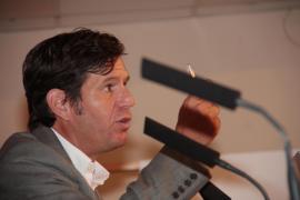 Mateu Alemany: «Manzano sufre alzheimer selectivo»