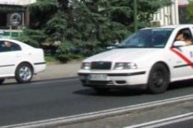 Varios taxistas rechazan llevar a un cliente por machista