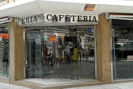 La cafetería L'Illa, en los Geranios, echa el cierre
