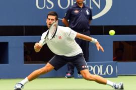 Un Djokovic sin brillo defenderá su título del US Open ante un sólido Wawrinka