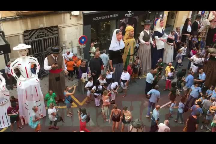 Una treintena de 'gegants' toman el centro de Palma