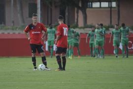 El Mallorca B cae goleado en casa ante el Cornellá