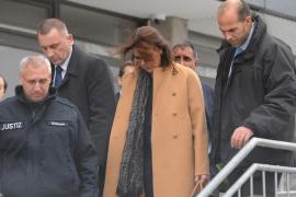 La princesa Carolina acudió en defensa de su marido en juicio por agresión